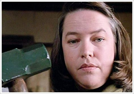 Kathy Bates et une masse, l&#039;horreur incarne
