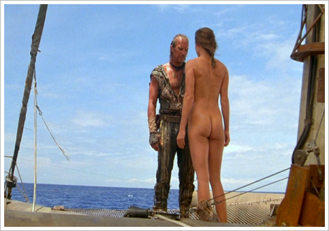Les fesses de Jeanne Tripplehorn font une apparition dans Waterworld