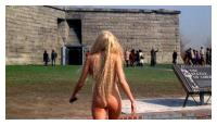 Daryl Hannah nue dans Splash