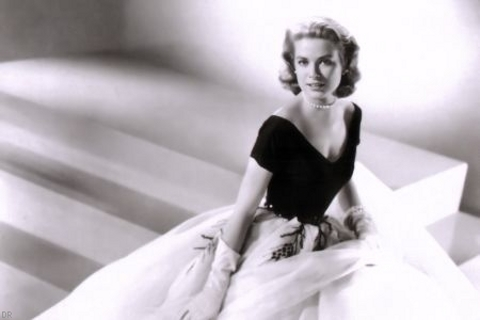 Robe Grace Kelly, Rear Window